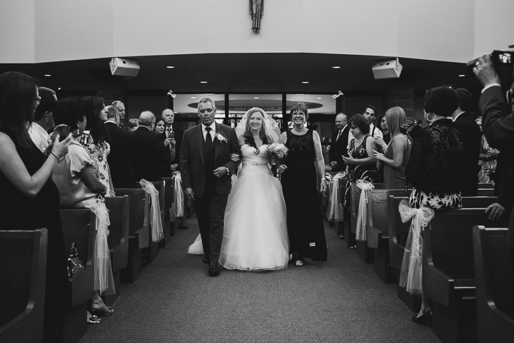 StIsaac-Jogues-Church-Pickering-Wedding-Catherine-Vince-77-2